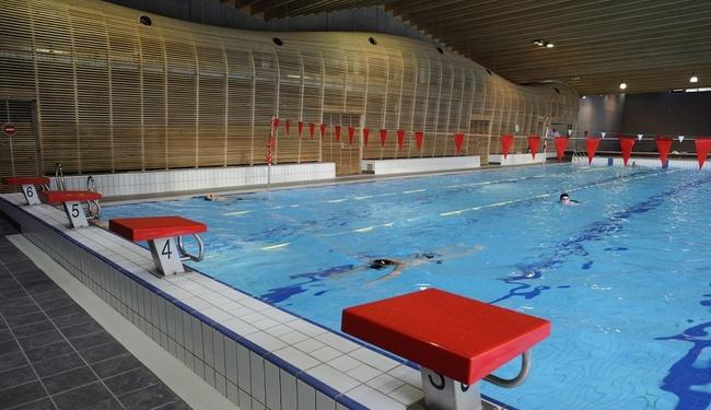 Morzine Swimming Pool - Copyright Jarry Tripelon