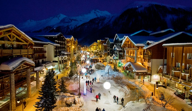 Val d'Isere at night - Copyright Andy Parant