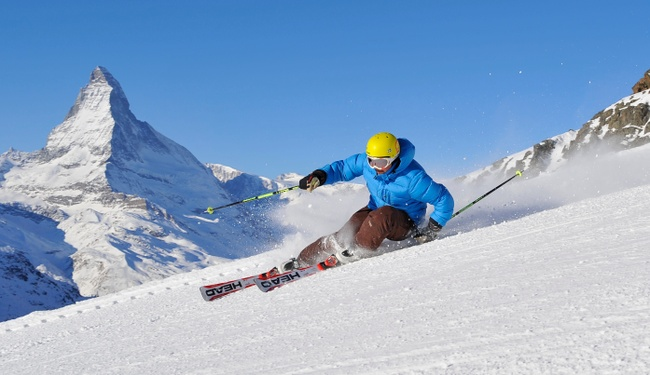 Skiing Zermatt credit Portmann